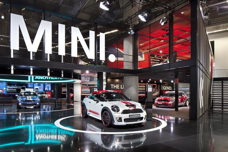 2011年法兰克福概念车展空间展示设计