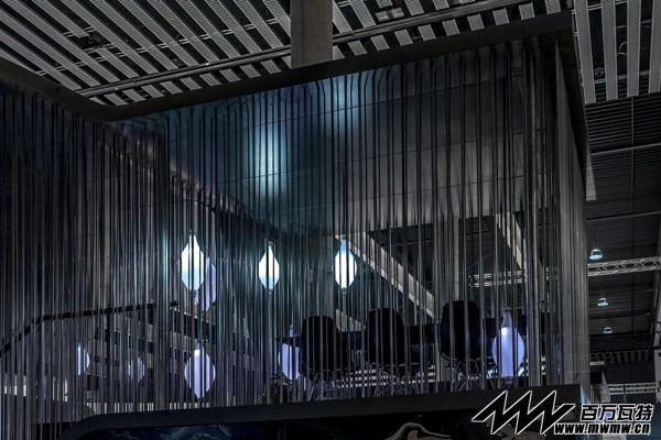 2013移动通信世界大会-YOTA展位