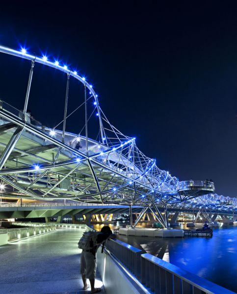 新加坡-双螺旋大桥