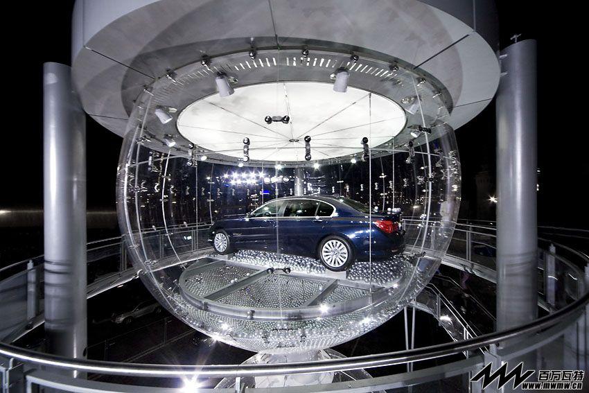 BMW 7系莫斯科红场首演 @〖百万瓦特微信•006期〗