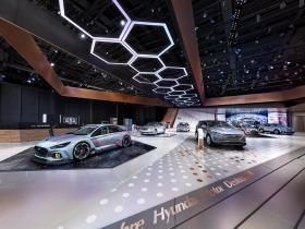 2016国外现代汽车展台设计